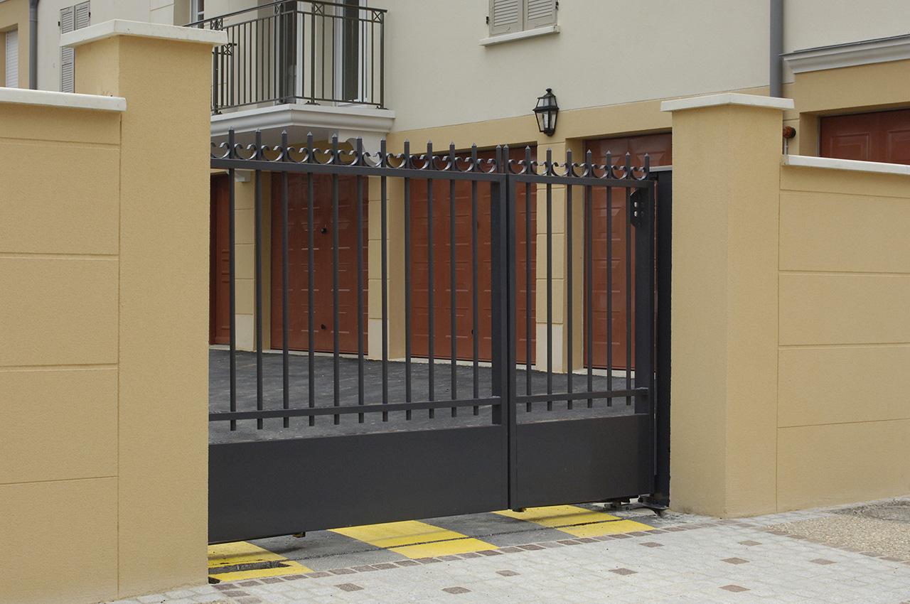 pose de portails et portes automatiques poitiers 86 les curies de jade. Black Bedroom Furniture Sets. Home Design Ideas